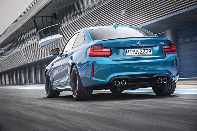 bmw-m2-coupe-02